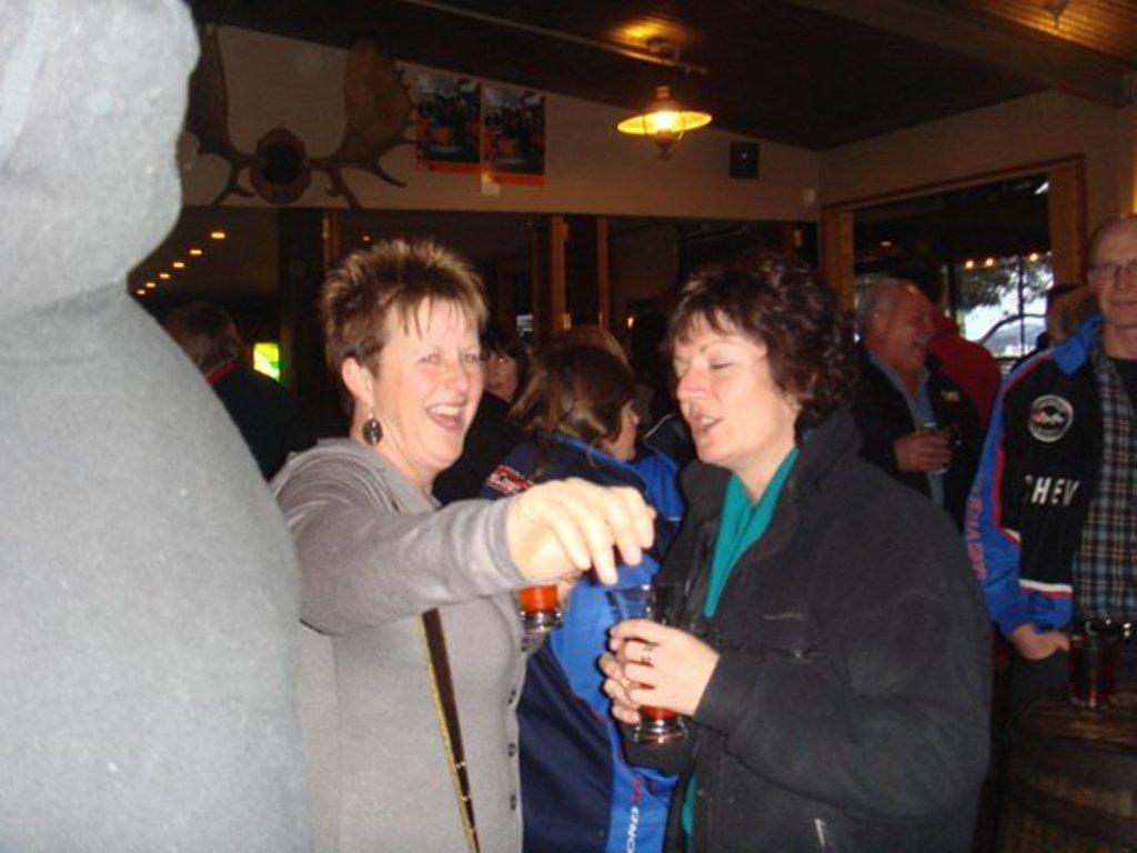m_linda yarning at the Moose